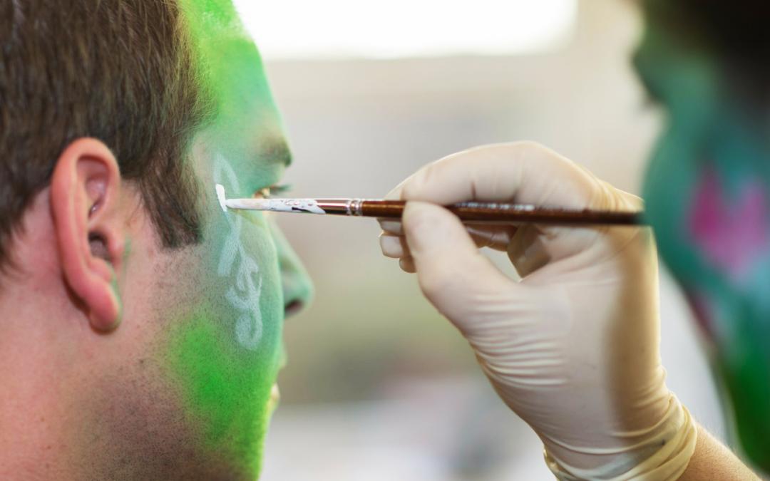 Consejos para que el maquillaje de Carnaval no estropee tu piel