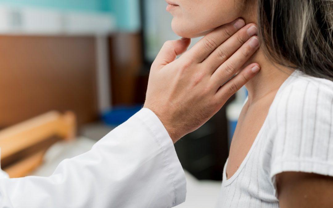 ¿En qué se diferencia el Hipotiroidismo del Hipertiroidismo?