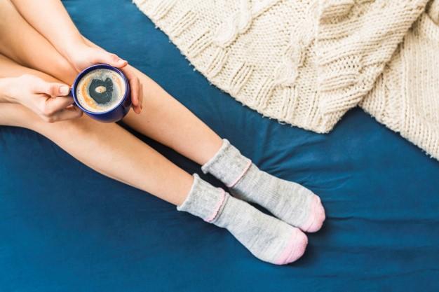 ¿Es bueno dormir con calcetines?