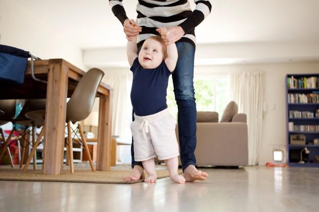 Qué hacer si nuestro hijo/a camina de puntillas